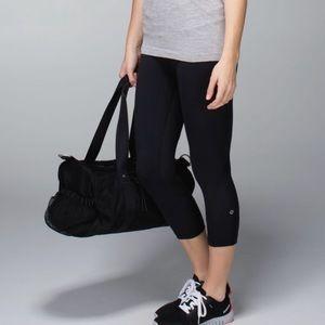 lululemon athletica Pants - Lululemon Crop II Luxtreme size 6